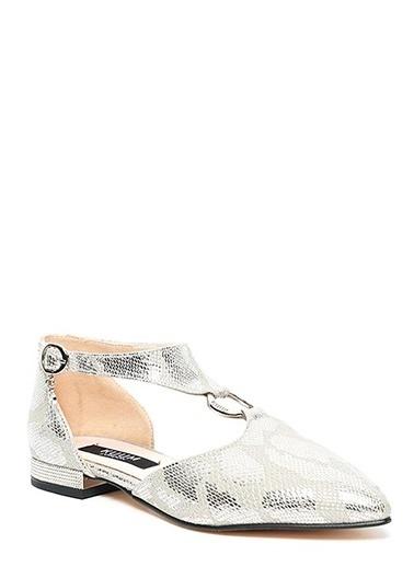 Kuum Sivri Burun Sandalet Gümüş